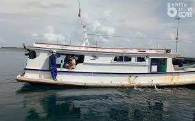 Anifatul Khoiriah_2 Dirujuk menggunakan perahu