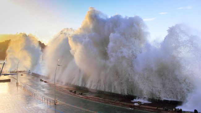 Anifatul Khoiriah_tsunami