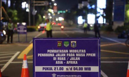 Lia Lutfia_PPKM Jawa Bali